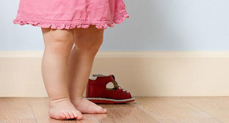 Коленная чашечка у детей: когда она появляется и может ли отсутствовать?