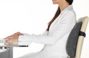 Здоровье спины: выбираем ортопедическую подушку под поясницу