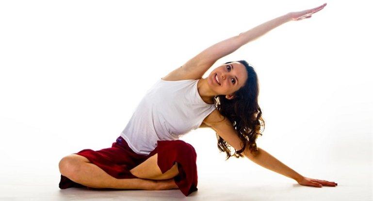 Йога для начинающих: какие асаны будут наиболее эффективны для позвоночника?