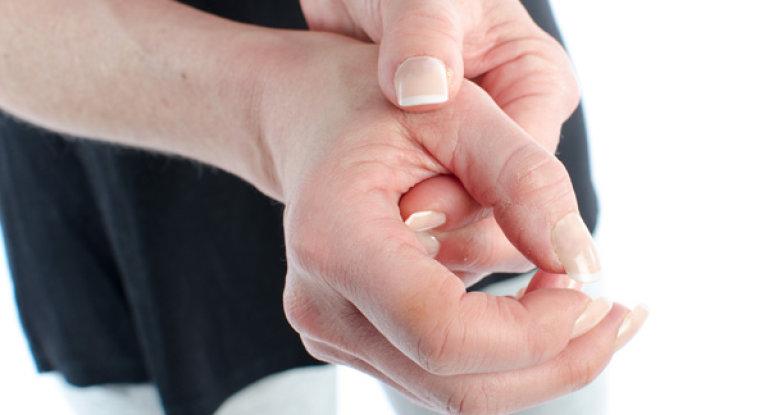 Лечение при болях в суставе большого пальца на руке