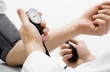 Повышается ли артериальное давление при шейном остеохондрозе?