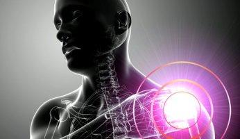 Как вылечить боли в плечевом суставе народными средствами?