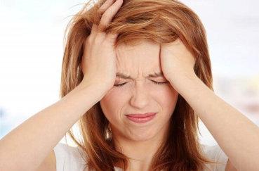 Как избавиться от головной боли, вызванной шейным остеохондрозом?
