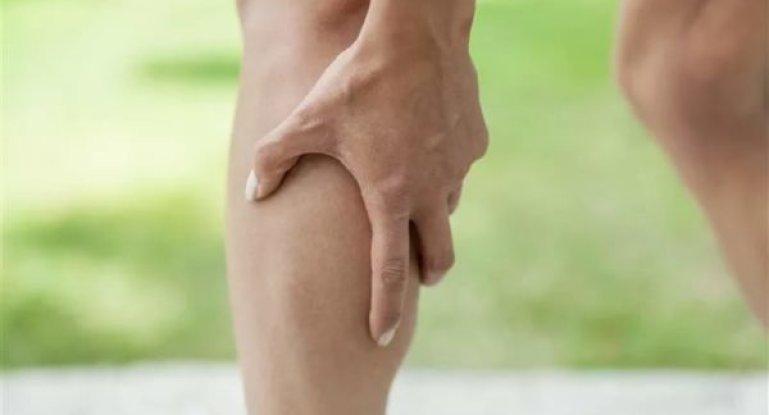 Почему болит нога под коленом и что с этим делать?