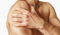 Почему болит, щелкает и хрустит плечевой…