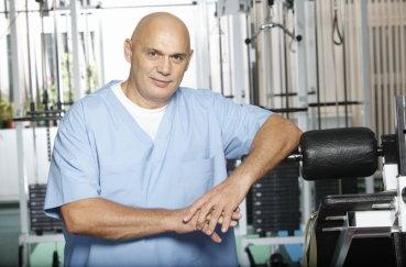 Упражнения доктора Бубновского для позвоночника