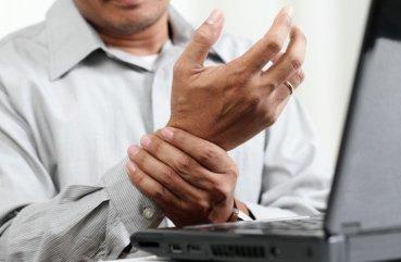 Какой врач лечит ревматоидный артрит
