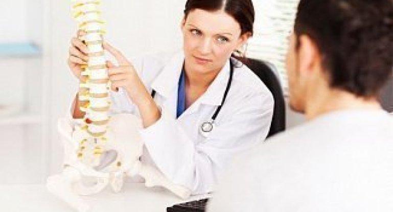 В чем заключается работа мануального терапевта?