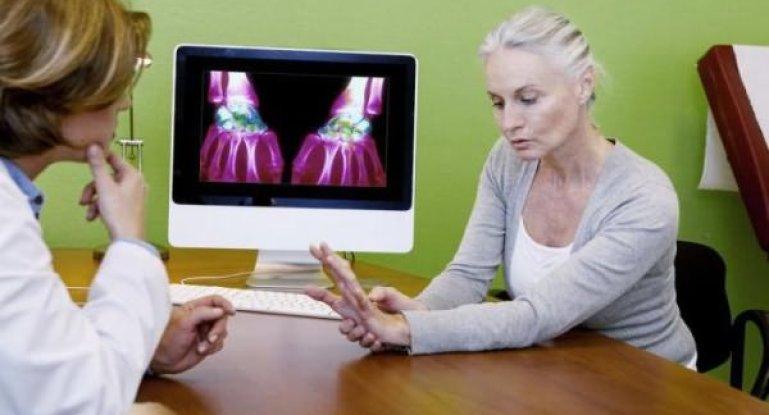 Как лечить артрит пальцев рук традиционными и нетрадиционными методами?