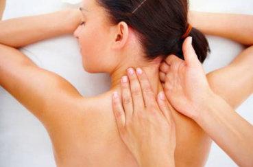 Учимся делать массаж спины и шейного отдела позвоночника