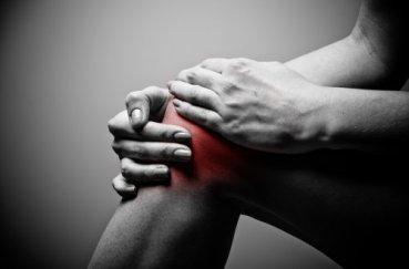 Как помочь, если болят колени после тренировки?
