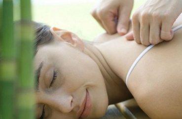 Какой массаж делают при шейном остеохондрозе?