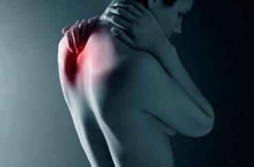 Как обнаружить защемление нерва в позвоночнике?
