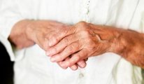 Как лечить полиартрит пальцев рук?