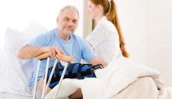 Как жить после эндопротезирования: восстановление и реабилитация