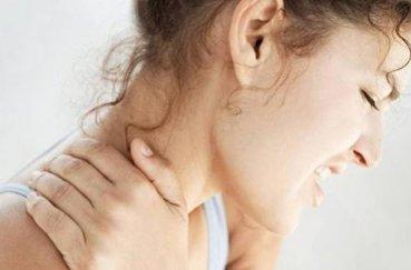Как лечить распространенный остеохондроз шейного и грудного отделов?