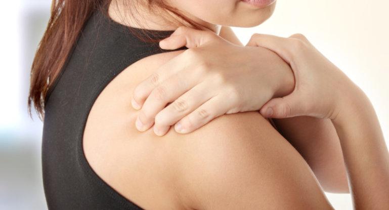 Боль в плече: эффективные методы лечения и снятия боли