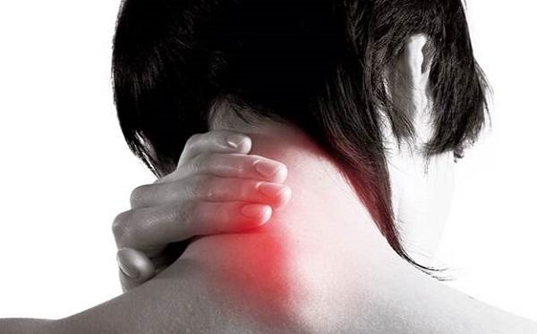 Болевые синдромы в шее