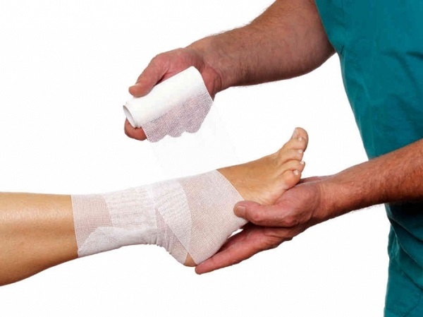 Повязка для поврежденной ноги