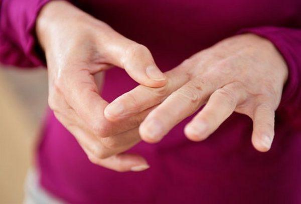 Болевые синдромы в суставах