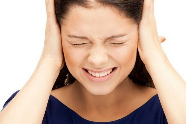 Шум в ушах при синдроме