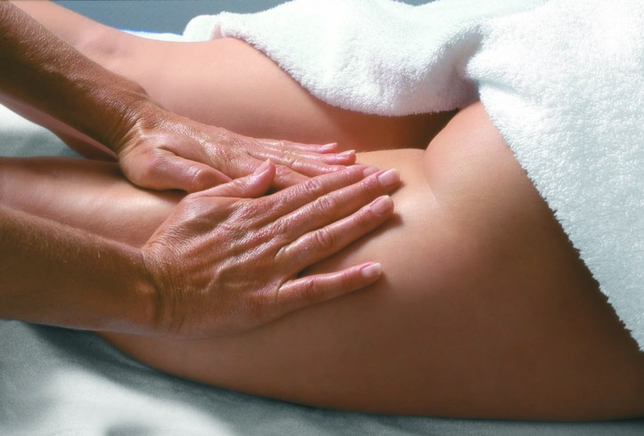 Лечебный массаж бедра