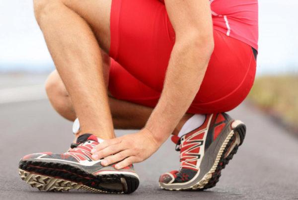 Боль в голеностопе у спортсмена