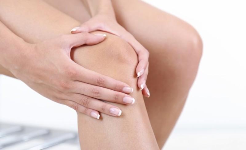 Болезненность в области колена