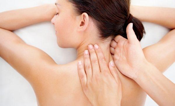 Лечебные движения ребром руки
