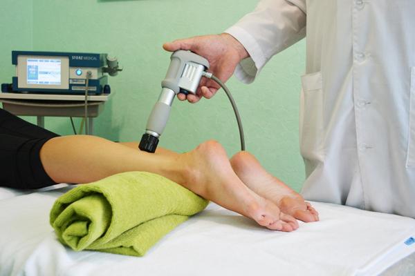 Физиопроцедура ударно-волновой терапией