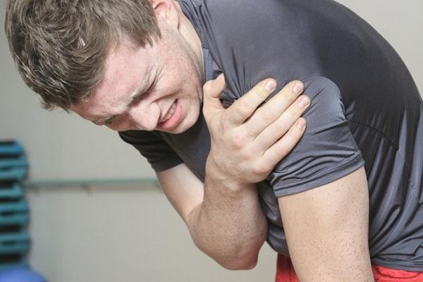 Болевые синдромы в плече