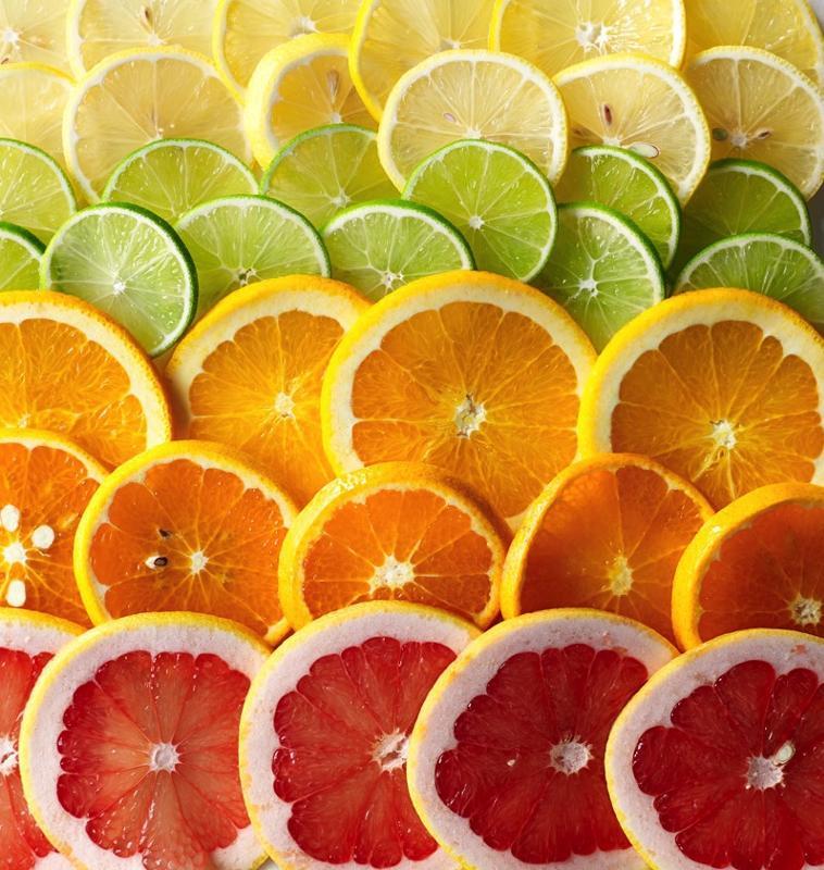 Оранжевые и желтые фрукты