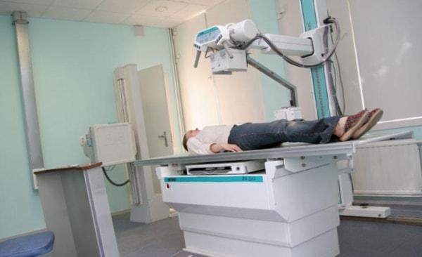 Изображение - Тазобедренный сустав боковая проекция Protsedura-rentgena