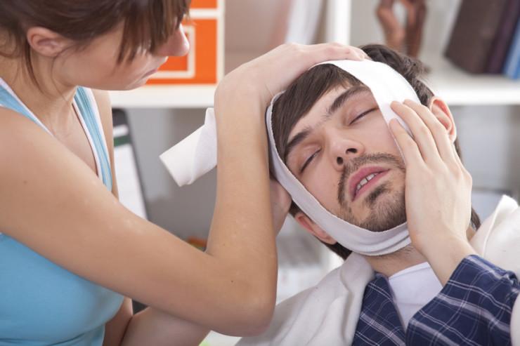 Изображение - Вывих нижнечелюстного сустава симптомы kompress-k-chelusti-740x493